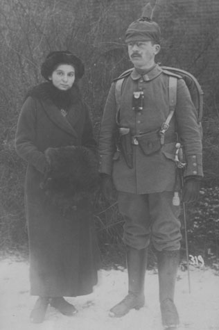 Nick's grandparents, Annie and Felix, who was a German soldier, in 1915
